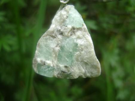 амулет из камня